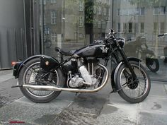 Vintage Classic Motorcycle | ... -classic-motorcycles-bsa-ajs-etc-bike-matchless-g80l-1946-right.jpg