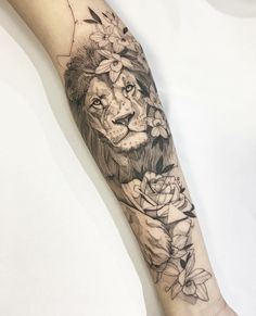 Awesome Sleeve Tattoos For Women Which You Will In Love With; Sleeve Tattoos For Women; Lion Tattoo Sleeves, Best Sleeve Tattoos, Sleeve Tattoos For Women, Lion Sleeve, Animal Sleeve Tattoo, Lion Arm Tattoo, Lion Flowers Tattoo, Small Lion Tattoo, Lion Tattoo King