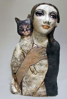 Woman and cat – sculpture – 13 Teresa Gironés Villanua – busts – mulher e gato – Keramik figura – ceramics Ceramic Figures, Clay Figures, Ceramic Artists, Pottery Sculpture, Sculpture Clay, Pottery Art, Ceramic Pottery, Slab Pottery, Ceramic Sculpture Figurative