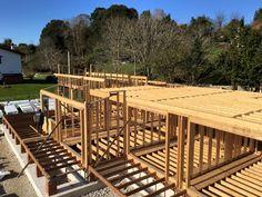 construccin con estructura de madera de centro de turismo rural en el camino de santiago a
