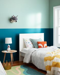 Paint idea for a kids room - paint the wall two colors! #colorblock #painting Kids Bedroom Paint, Best Bedroom Paint Colors, Decor Room, Bedroom Decor, Home Decor, Mirror Bedroom, Wall Mirrors, Bedroom Furniture, Bedroom Green