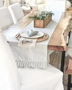 Pretty runner! But I like the table