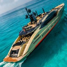 Speed Boats, Power Boats, House Yacht, Yatch Boat, Living On A Boat, Luxury Yachts, Luxury Boats, Lamborghini Cars, Floating House