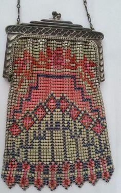 Whiting-Davis-Mesh-Handbag