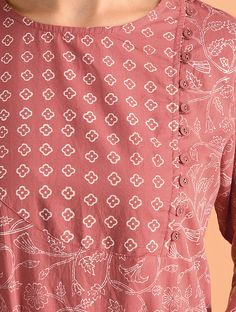 Neck Designs For Suits, Sleeves Designs For Dresses, Neckline Designs, Dress Neck Designs, Simple Kurta Designs, Fancy Blouse Designs, Kurta Designs Women, Salwar Designs, Pakistani Dresses Casual