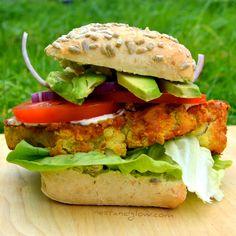 Chickpea Cauliflower Spicy Burger #veganrecipes #vegan #recipes #recipe #vegetarian #MeatlessMonday #whatveganseat #veganbooks #glutenfree #rawvegan #RAW