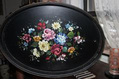 Vintage Serving Tray by Vintalicous on Etsy https://www.etsy.com/listing/204433907/vintage-serving-tray