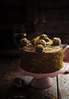 pistachio and orange cake Romanian Desserts, Romanian Food, Pistachio Cake, Creme Caramel, Something Sweet, Sweet Bread, Amazing Cakes, Macarons, Sweet Recipes
