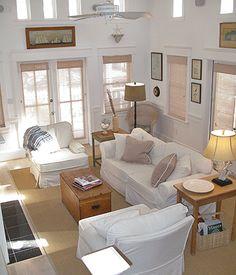 ☆Patrícia Sallum-BH changes in attitudes living space Cottage Living, My Living Room, Home And Living, Living Spaces, Coastal Cottage, Coastal Style, Beach House Decor, Home Decor, Florida Home