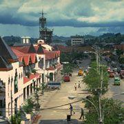 1989 Cycle Awards Recipient    Citra Niaga Urban Development  Location: Samarinda, Indonesia (South-East Asia)  Architect: Antonio Ismael Risianto, PT Triaco Widya Cipta, and PT Griyantara Architects  Completed: 1986