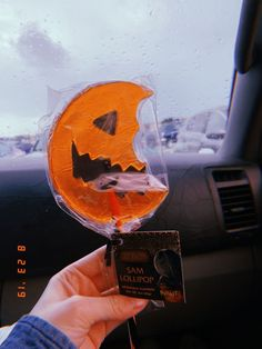 trick r treat Spooky Scary, Spooky Halloween, Halloween Treats, Vintage Halloween, Happy Halloween, Halloween Decorations, Halloween Party, Halloween Tumblr, Autumn Aesthetic