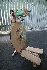 Louet S95 Victoria spinning wheel (wellapptdesk)