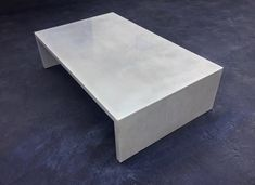 Concrete coffee table //  #concretetable #coffeetable