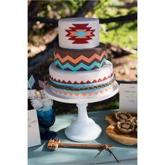 Pasteles de boda bohemios: Con plumas, atrapasueños y a todo color | HISPABODAS
