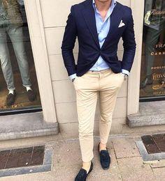 Mens Fashion Smart – The World of Mens Fashion Blazer Outfits Men, Mens Fashion Blazer, Stylish Mens Outfits, Suit Fashion, Fashion Hats, Navy Blazer Men, Style Fashion, Beige Blazer, Work Fashion