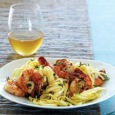 Peppery shrimp linguine