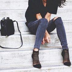Shoe envy // black heels