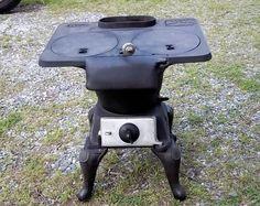 Antique old TRIX Cast Iron Wood Cook Stove #8 Birmingham, Ala.