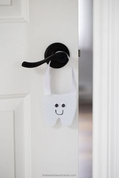 Tooth Fairy Door Hanger DIY