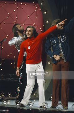 The Bee Gees (l-r) Maurice Gibb, Robin Gibb, Barry Gibb