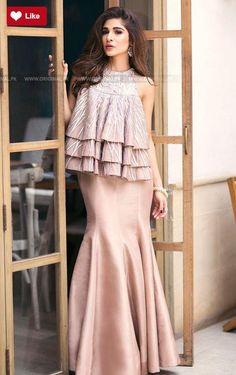 Teena Durrani Starlight Luxury Pret Contemporary 2017 #Teena Durrani #Teena DurraniStarlight #Teena DurraniLuxury Pret Contemporary #Teena Durrani2017 #Teena Durranifashion #womenfashion's #fashion #lasdiesfashion #style #fashion #womenfashion Whatsapp: 00923452355358 Website: www.original.pk