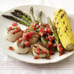 A summery meal that can be made either indoors on a stovetop grill or outside, under the stars. #recipe #WWLoves