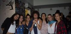 Chicão entre Emanuelle Araújo, Bu Araújo, Lanlan, Jussara Silveira, Paula Burlamaqui e Nanda Costa  (Foto: Divulgação)