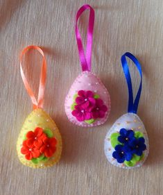 Egg ornaments. Embroidered felt Easter ornament set. The set consists of 3 eggs ornaments. Ornament one side are embroidered. The decor will look great as Easter tree decorations, as well as room, holiday table and door decorations. Children under 3 years old do not leave alone with