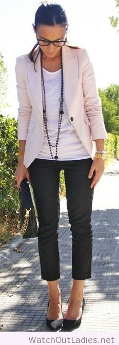 Classy and chic work outfit