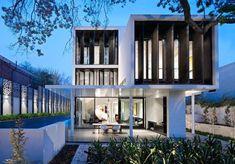 Robert Mills Architects Design a Sumptuous Family Home in Toorak, Australia #modernhomeaustralia
