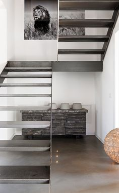 Designed by Brescia-based RESIN Design - Pavimenti in resina, this inspiring single family residence is located in Italy. Home Stairs Design, Interior Stairs, House Design, Modern Stairs, Metal Stairs, Stairs Architecture, Interior Architecture, Stair Decor, House Stairs