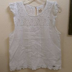 Hollister lace and cotton tank top Great condition Hollister Tops Tank Tops