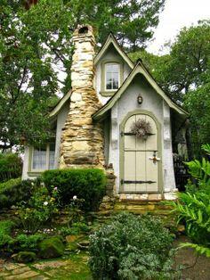 Comstock cottage in Carmel, CA