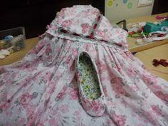 ...si no encuentras los zapatos ideales ...forraselos !!!!...con los retales de…