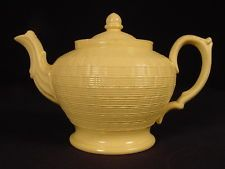 RARE EARLY 1800s SMALL BASKET WEAVE TEAPOT YELLOW WARE