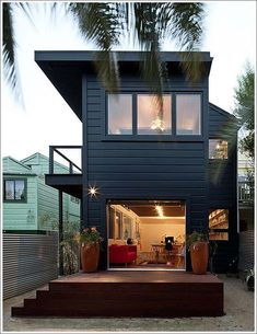 If there ever was a good reminder of what I've been thinking about with my little house in Oakland!!!
