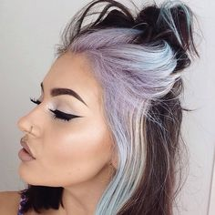 Makeuphall: The Internet`s best makeup, fashion and beauty pics are here. Hair Inspo, Hair Inspiration, Hair Color Placement, Split Dyed Hair, Fantasy Hair, About Hair, Hair Hacks, Hair Trends, Cool Hairstyles