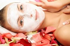 Homemade Beauty Recipes with Lemon for Natural Skin Care Facial For Oily Skin, Mask For Dry Skin, Skin Mask, Homemade Beauty Recipes, Homemade Facials, Homemade Facial Mask, Homemade Skin Care, Oatmeal Mask, Home Remedies For Skin