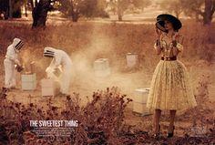 Vogue Australia - Abril 2013: The sweetest thing  Modelo: Cassi van den Dungan Fotógrafo: Will Davidson