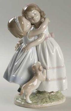 Lladro, Lladro Figurines – Page 28 - Porcelain Porcelain Dolls For Sale, Porcelain Jewelry, Fine Porcelain, Porcelain Ceramics, Porcelain Tiles, Painted Porcelain, Royal Doulton, Statues, Diy Décoration
