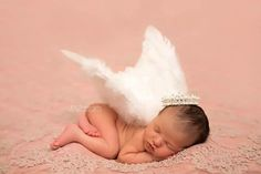 Newborn photo by JME portraits