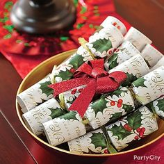 'Tis the season for holiday traditions like Christmas crackers. Dress up a side table or entry way for your Christmas get-together -- then give to your guests as party favors!