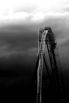 Black and white photography – Roller Coaster