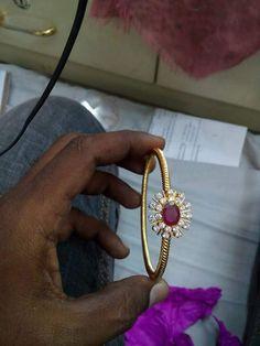 Explore our extensive diapason diamond bracelets and bangles. Gold Bangles Design, Gold Jewellery Design, Gold Jewelry, Beaded Jewelry, Diamond Jewellery, Diamond Bracelets, Bangle Bracelets, Rose Gold Band Ring, Bracelet Designs