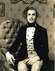 A young Vincent Price at his dandy best