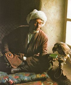 """Caravanes de Tartarie"""" de Roland & Sabrina Michaud, Editions Le Chêne, 1983. Wakhan, Afghanistan We Are The World, People Of The World, Islamic Wallpaper Hd, National Geographic Photography, Arabian Nights, Central Asia, Historical Pictures, World Cultures, Islamic Art"""