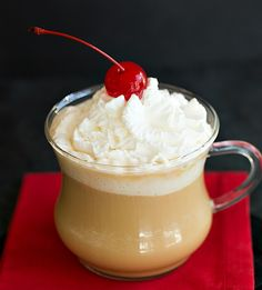Hot White Russian - The Drink Kings