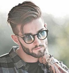 20 Cool and Trendy Hairstyles for Men (WITH PICTURES) - Looking for men's hairstyles? Find hairstyle ideas with its characteristics to create your cool and trendy men's hairstyles today. Pick your style! Mens Summer Hairstyles, Hairstyles Haircuts, Haircuts For Men, Trendy Hairstyles, Short Haircuts, Hipster Hairstyles Men, Mens Hairstyles Fade, Amazing Hairstyles, Hair And Beard Styles