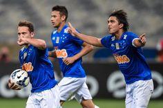 Cruzeiro vence o Bahia no Mineirão