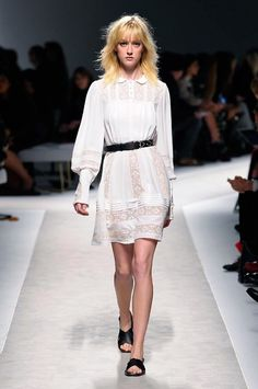 _DAN1084 White Dresses For Women, Lace Skirt, Fashion Show, Runway, Menswear, Couture, Skirts, Clothes, Collection